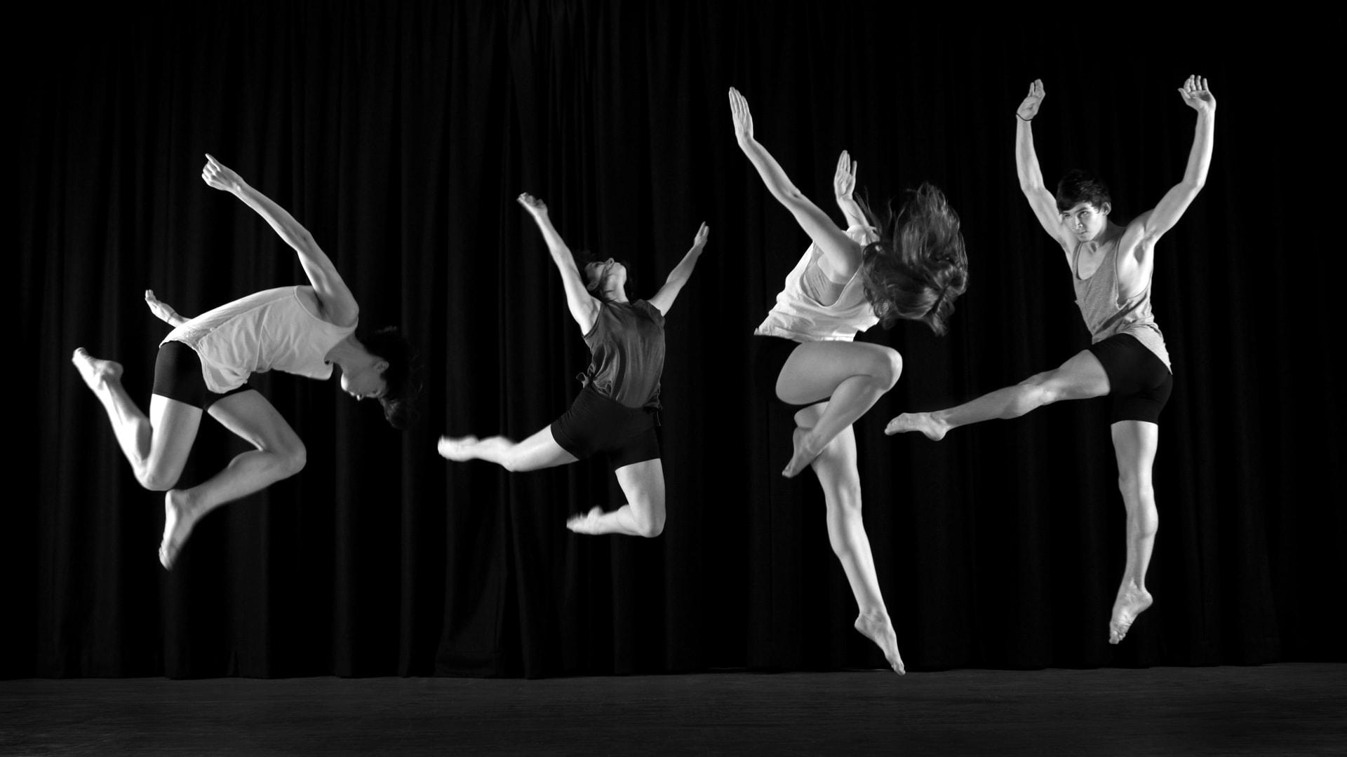 DANCE_061b-min